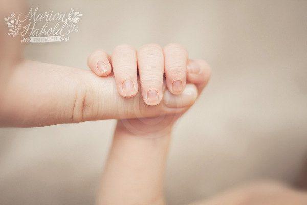 19-Babybauchfotos_und_Neugeborenenfotos_Esslingen