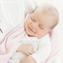 Neugeborenenfotos mit Grace – ein Schwesterchen für Charlie