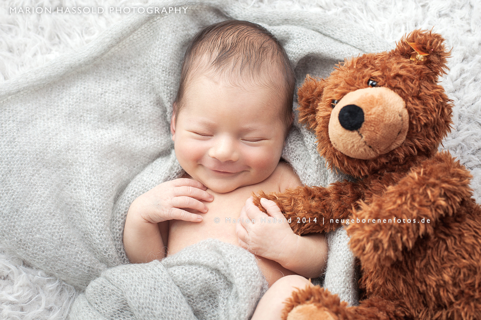 Neugeborenenfotografie-HarionHassold-9592-Retuschiert