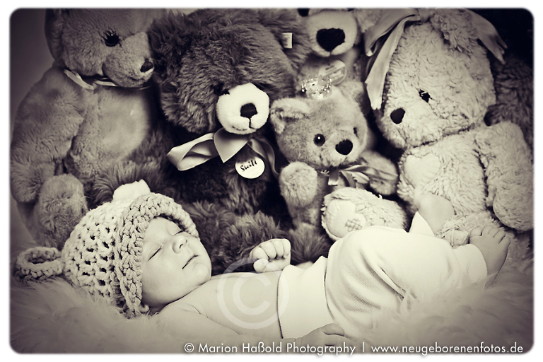 Baby Charles by MarionHassoldPhotography 5(pp w768 h512)