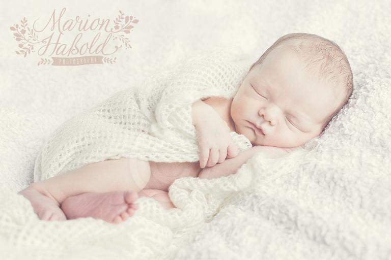 Neugeborenenfotos_by-MarionHassold-02