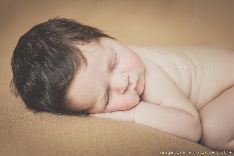 02-Babybauchfotos_und_Neugeborenenfotos_Louis12T-Esslingen