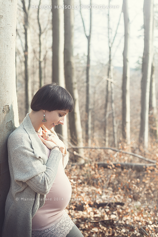 03-Babybauchfotos_und_Neugeborenenfotos_Esslingen