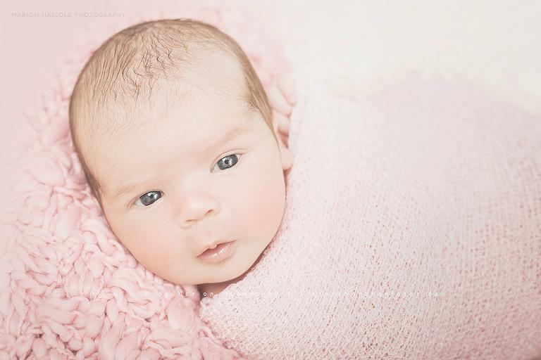 01-Babybauchfotos_und_Neugeborenenfotos_Nuertingen